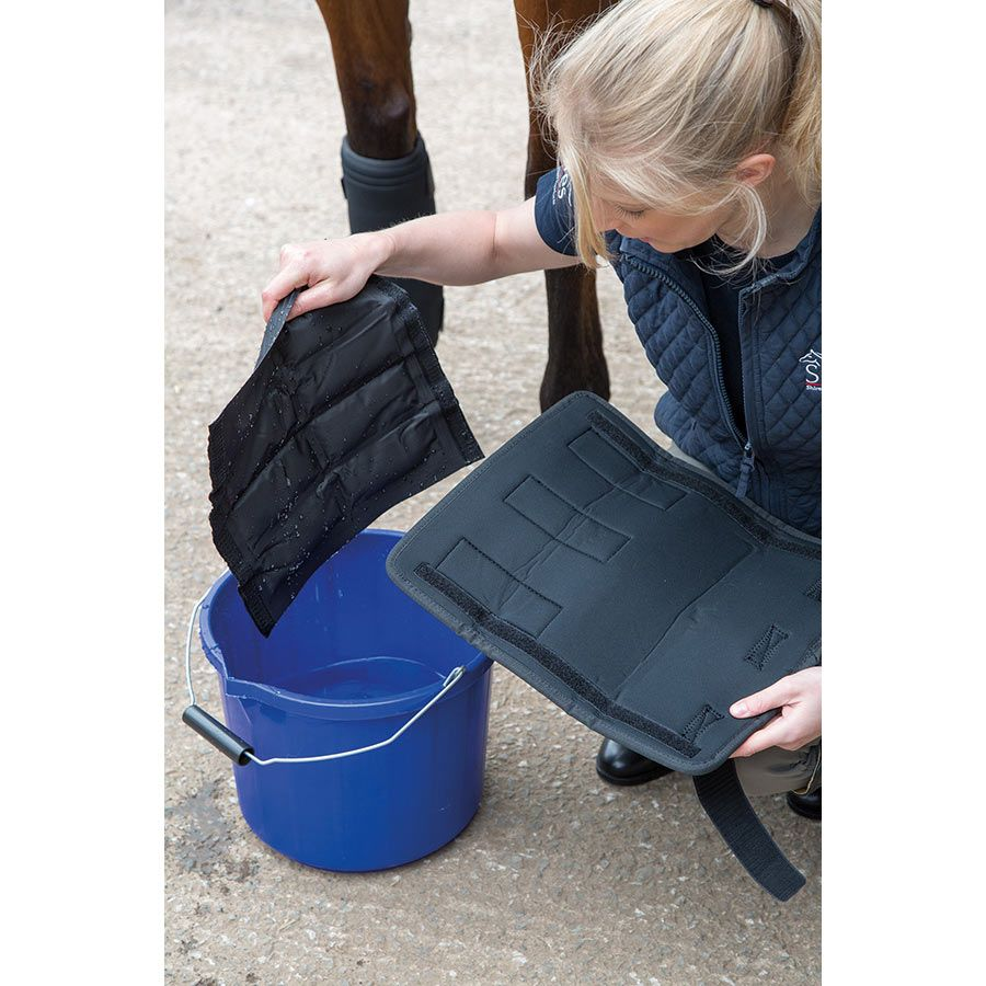 Shires Arma Hot/Cold Relief Boots Ice Packs